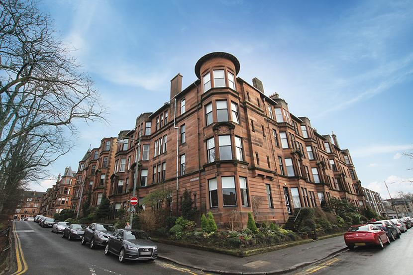 3 Bedrooms Flat for sale in 21 Queensborough Gardens, Hyndland, G12 9PP