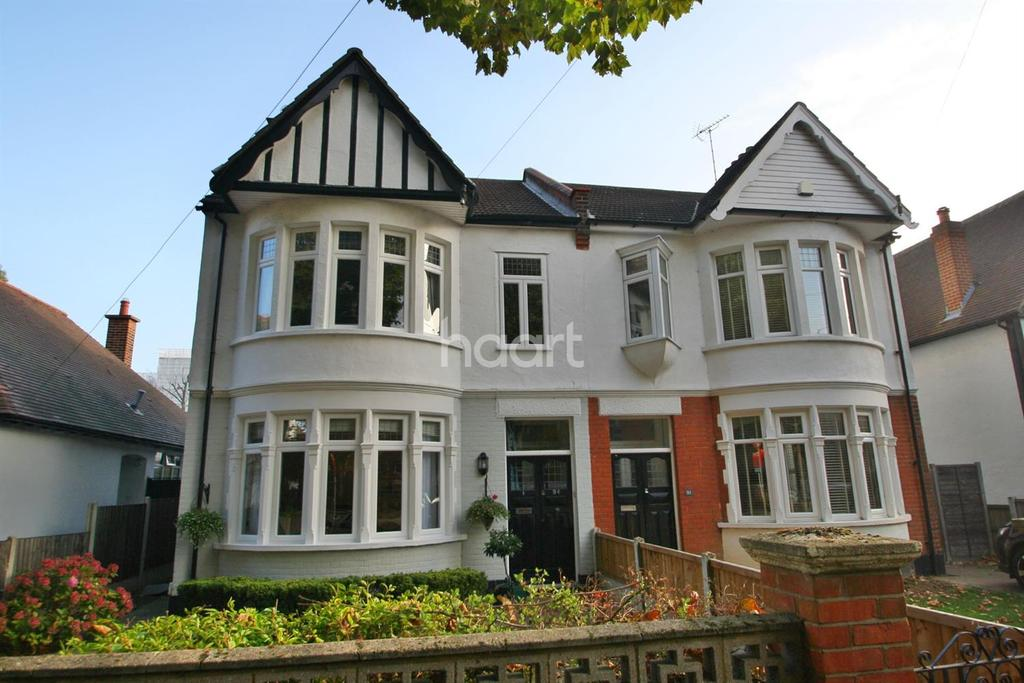 4 Bedrooms Semi Detached House for sale in Boston Avenue
