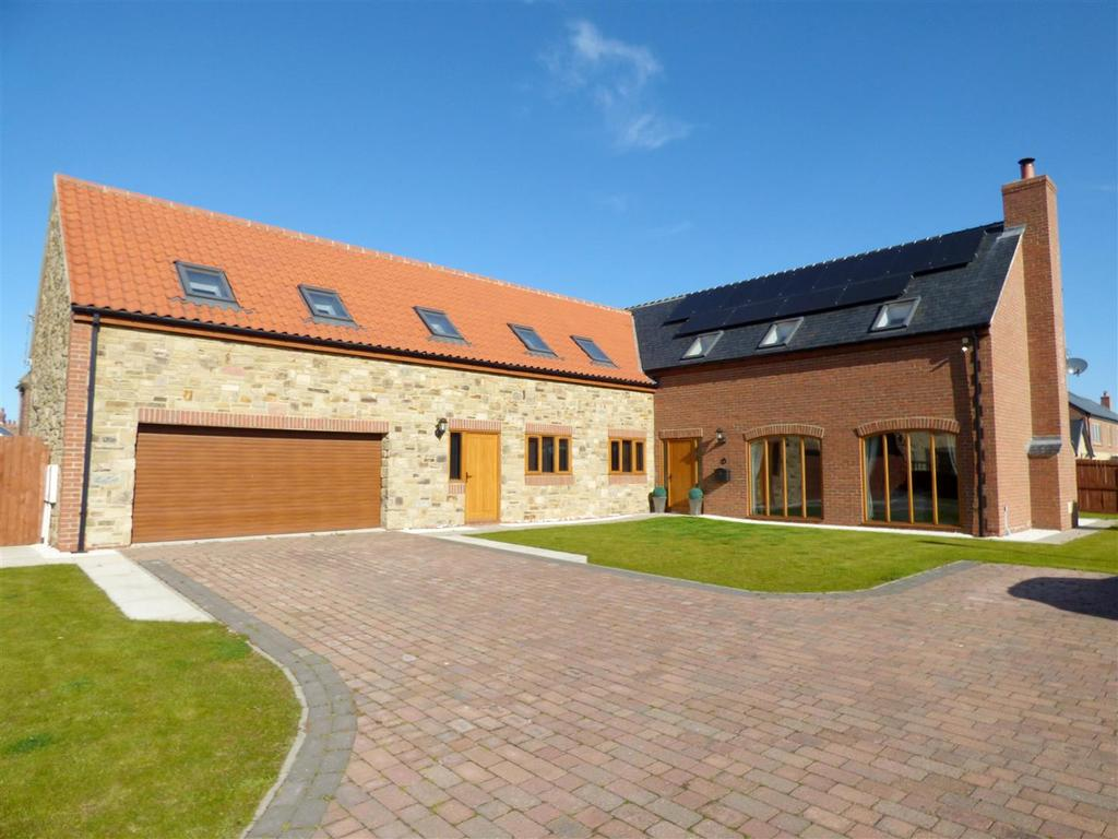 5 Bedrooms Detached House for sale in Old Village Way, Murton, Seaham