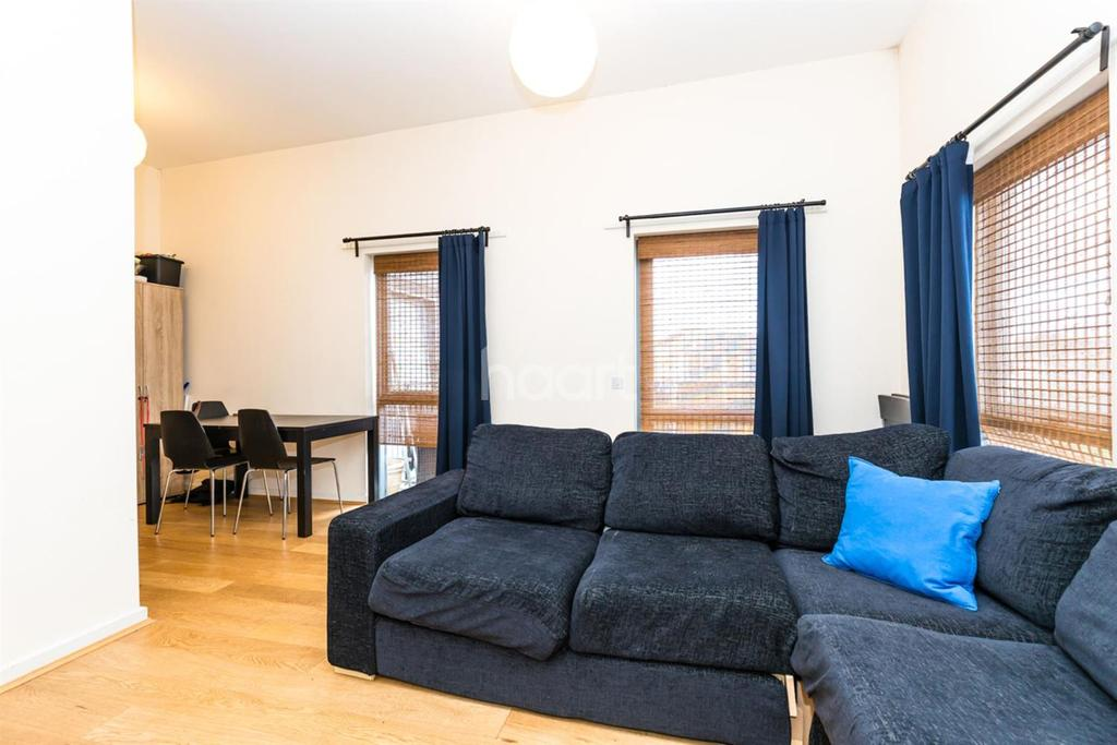 2 Bedrooms Flat for sale in Kenley Avenue , Colindale, NW9 5WP
