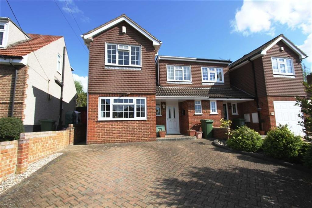 4 Bedrooms Semi Detached House for sale in Crown Road, Billericay, CM11 2AE