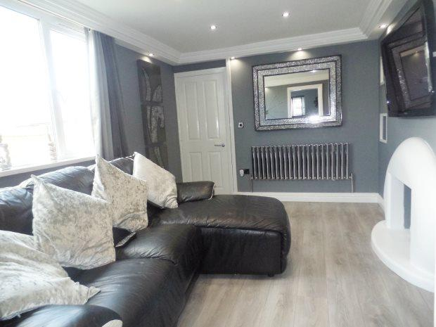 3 Bedrooms Semi Detached House for sale in BRUCE PLACE, PETERLEE, PETERLEE