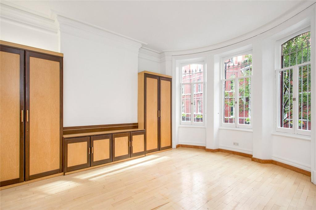 4 Bedrooms Flat for sale in Hyde Park Mansions, Cabbell Street, London, NW1