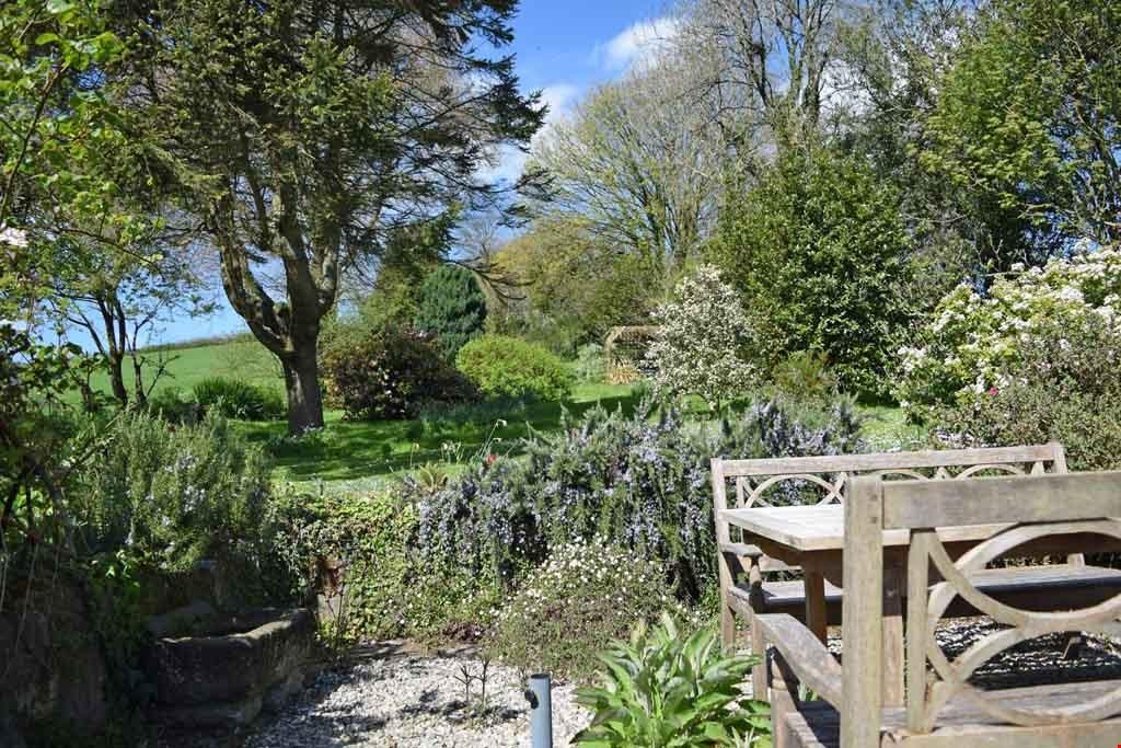 4 Bedrooms Detached House for sale in St Tudy, Nr. Bodmin, Cornwall, PL30