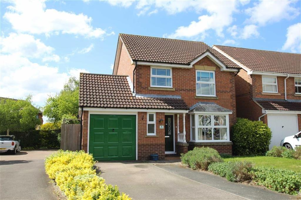 3 Bedrooms Detached House for sale in 5, St Annes Close, Brackley