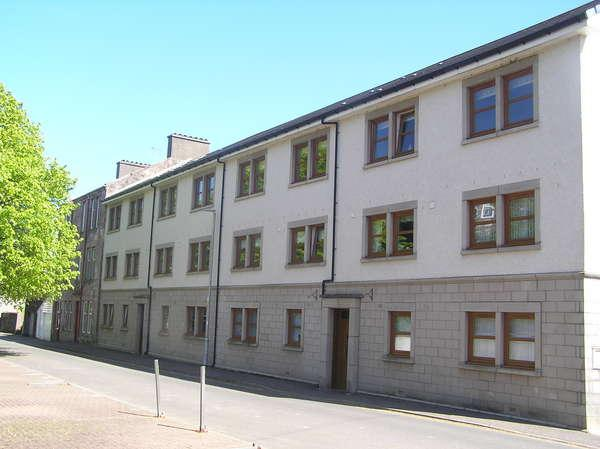 2 Bedrooms Flat for sale in 8G Howard Street, Millport, KA28 0AY