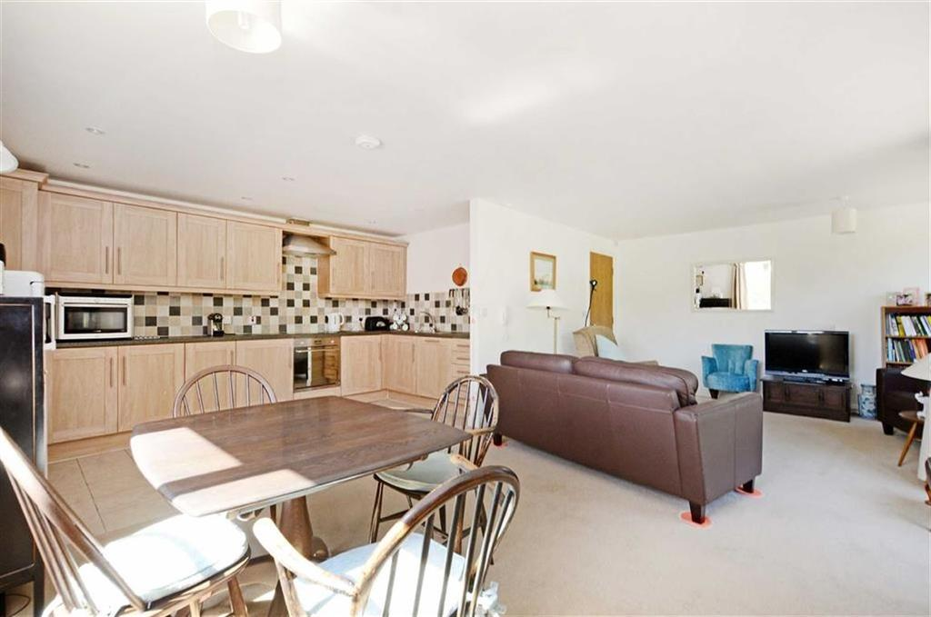 2 Bedrooms Flat for sale in Fairthorn, Flat 25, 117 Townhead Road, Dore, Sheffield, S17