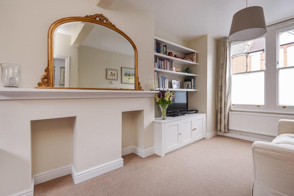 3 Bedrooms Terraced House for sale in Hilldrop Road, Bromley, BR1