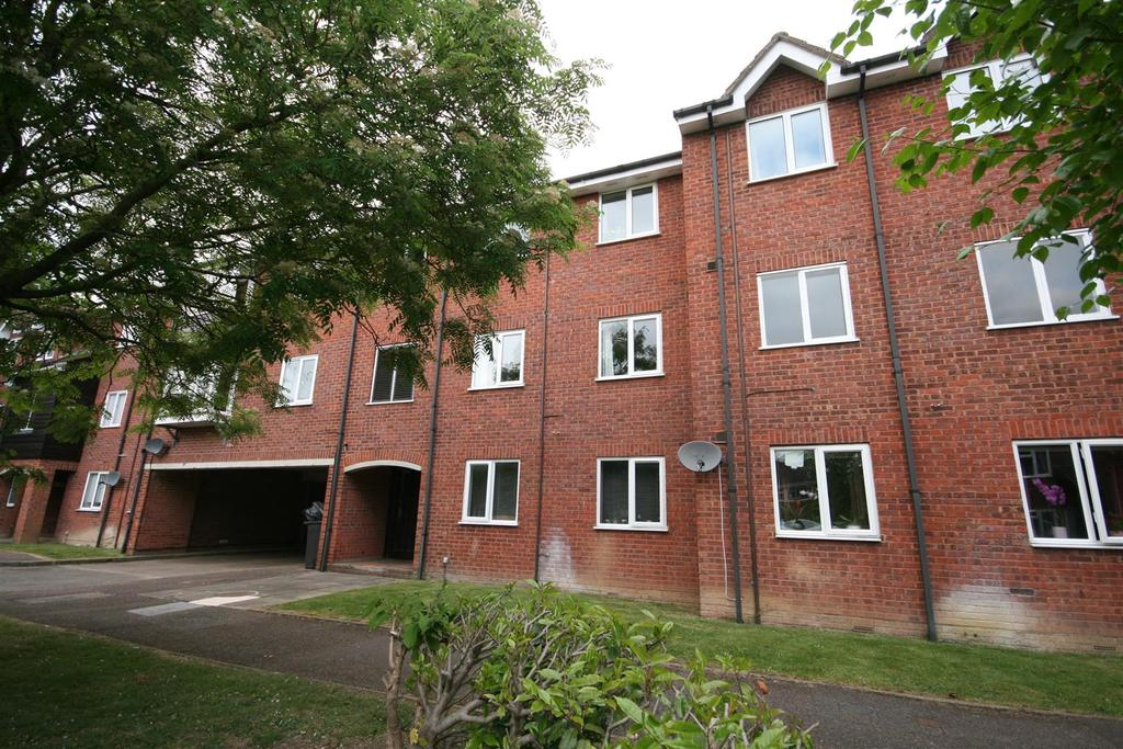1 Bedroom Apartment Flat for sale in Millstream Close, Hitchin