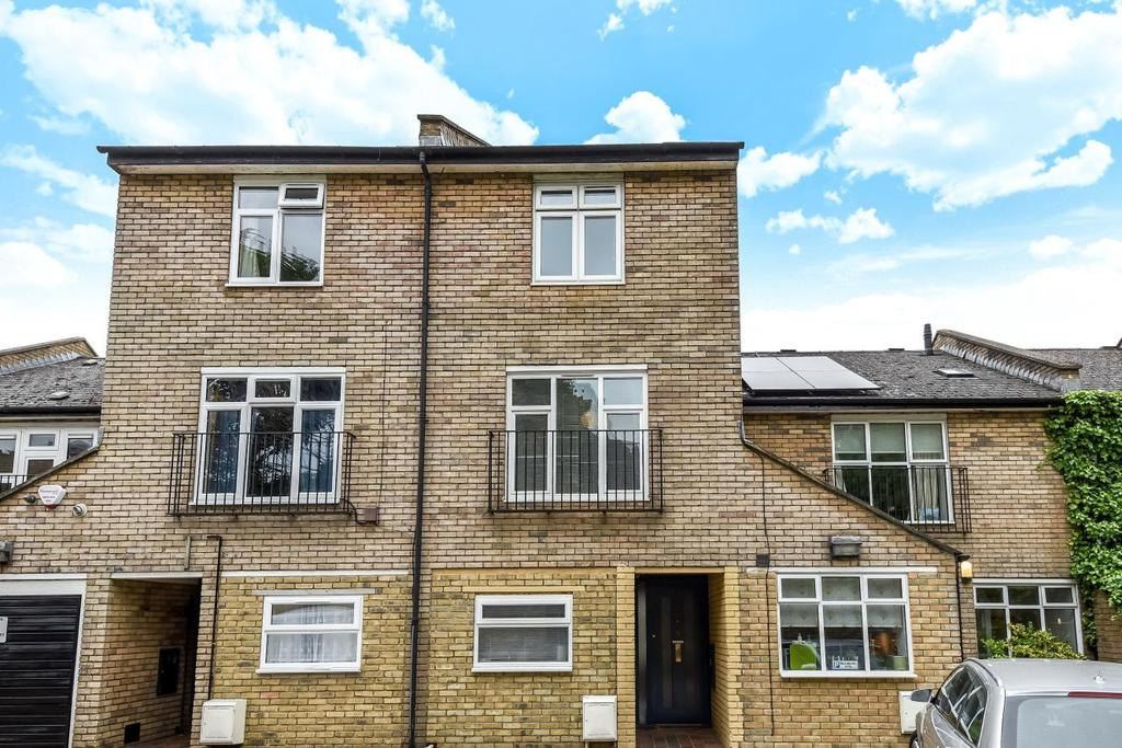 4 Bedrooms Terraced House for sale in Melbourne Mews, Stockwell