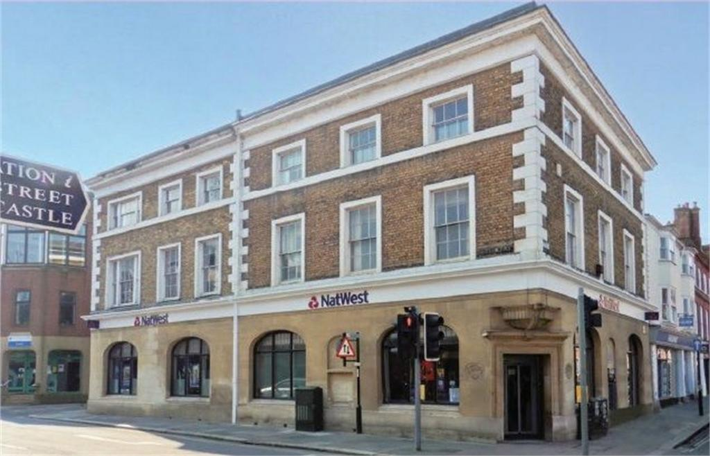 1 Bedroom Flat for sale in The Bank, Lewes, East Sussex