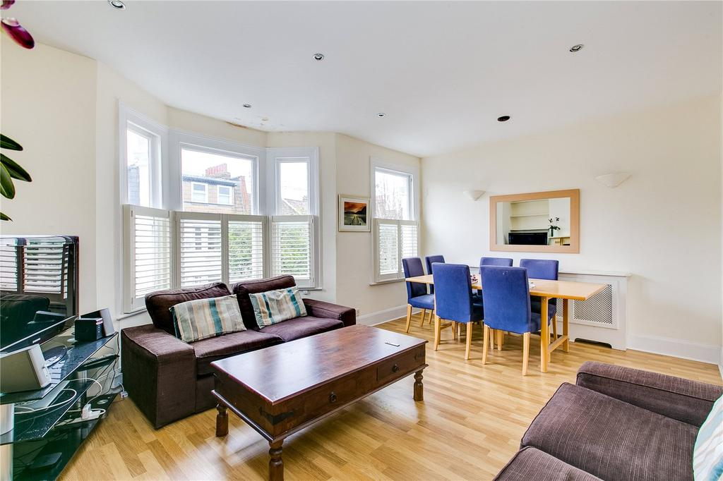 3 Bedrooms Flat for sale in Marville Road, Fulham, London