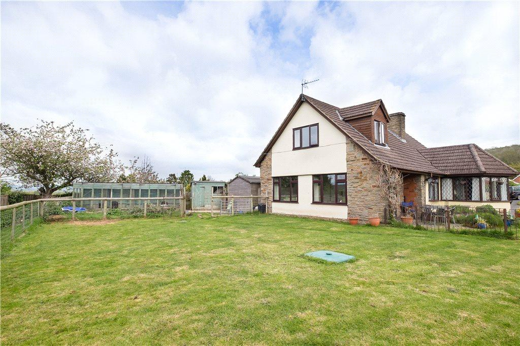 5 Bedrooms Detached Bungalow for sale in Bush Bank, Hereford, HR4