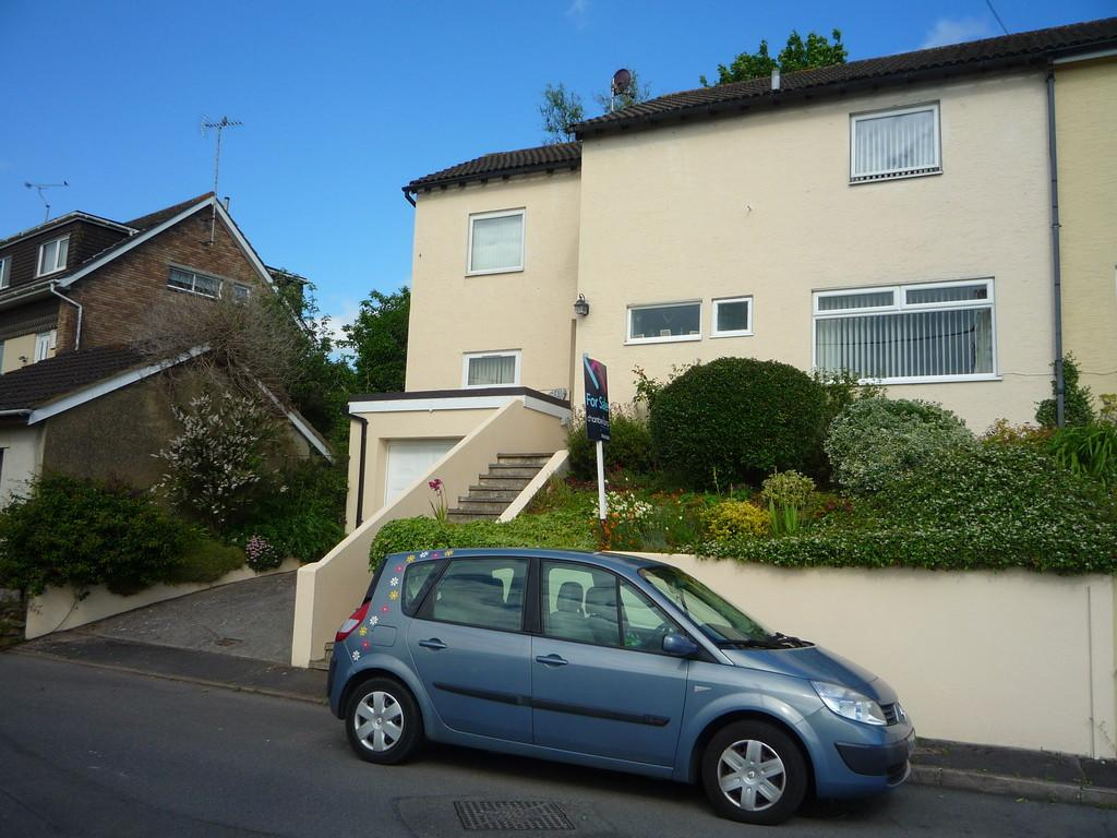 4 Bedrooms Semi Detached House for sale in Crossley Moor Road, Kingsteignton, TQ12 3LE