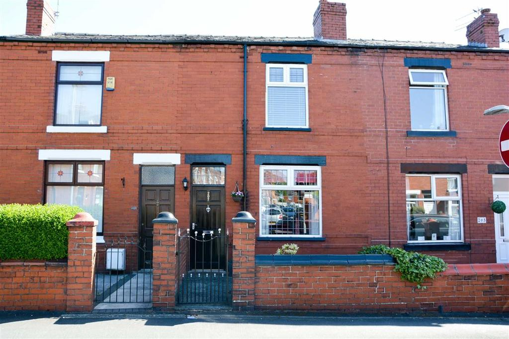 2 Bedrooms Terraced House for sale in Barnsley Street, Springfield, Wigan, WN6