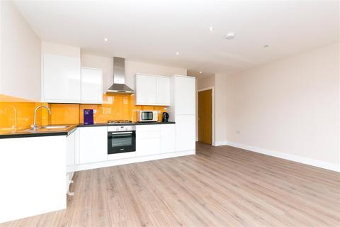2 bedroom flat to rent - Sudbury Avenue, HA0