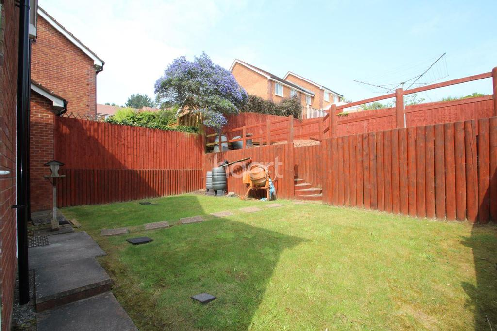 3 Bedrooms Detached House for sale in Kittiwake Drive, Torquay