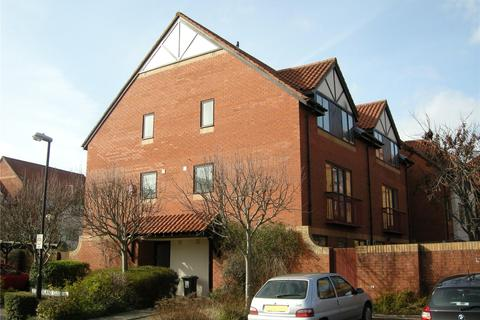 2 bedroom house to rent - Portland Court, Cumberland Close, Bristol, Somerset, BS1