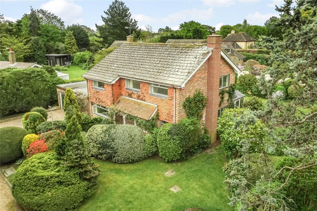 3 Bedrooms Detached House for sale in Oak Meadow, Birdham, Chichester, West Sussex