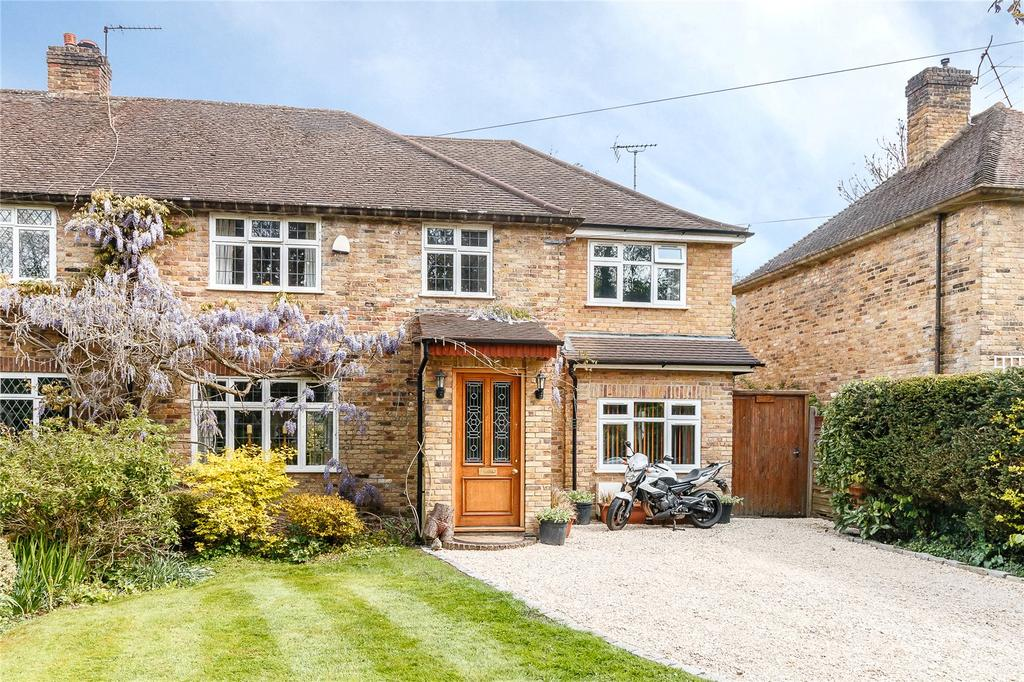 4 Bedrooms Semi Detached House for sale in Hay Lane, Fulmer, Buckinghamshire