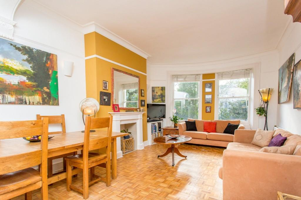 2 Bedrooms Ground Flat for sale in Norfolk Square, Brighton, BN1 2PE