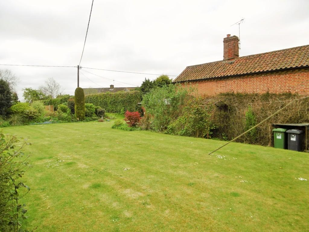 Detached  Bed Properties For Sale In North Norfolk