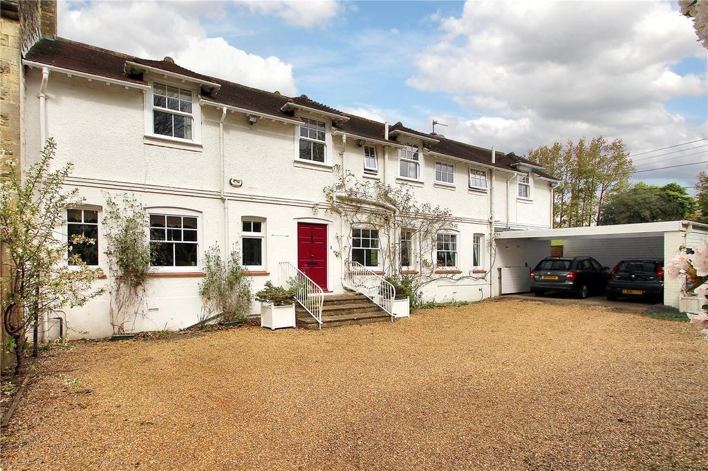 4 Bedrooms Semi Detached House for sale in Castle Square, Bletchingley, Redhill, Surrey, RH1