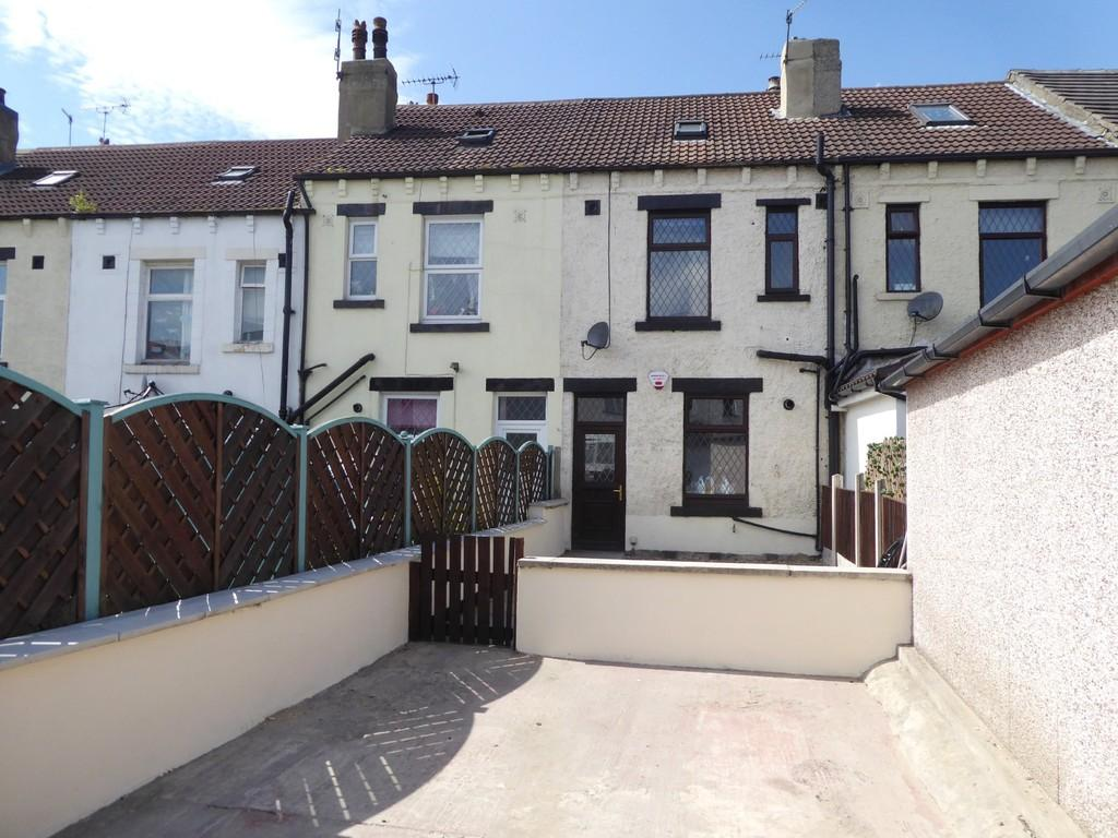 Woodlands avenue stanningley 4 bed townhouse for sale for 23 woodlands terrace
