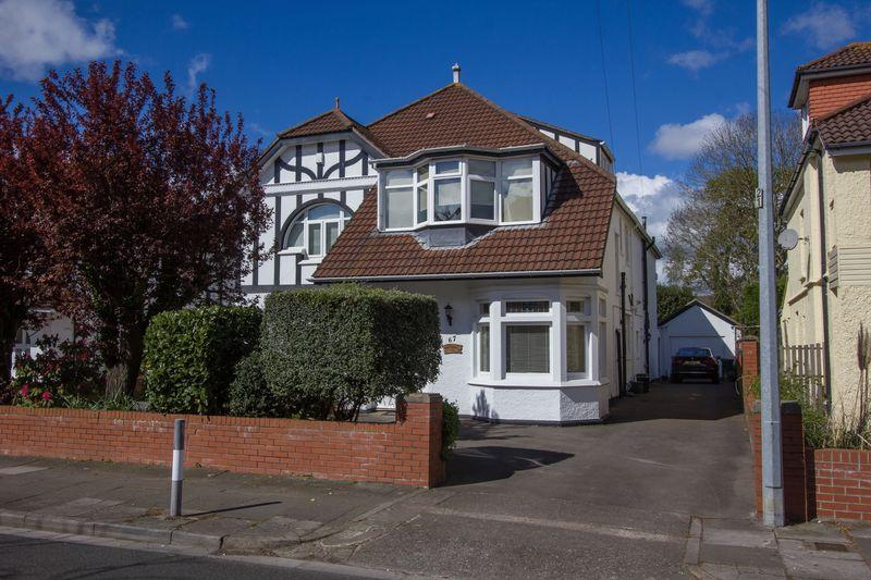 5 Bedrooms Detached House for sale in Westbourne Road, Penarth
