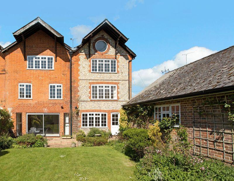 5 Bedrooms Semi Detached House for sale in Bones Lane, Buriton, Hampshire