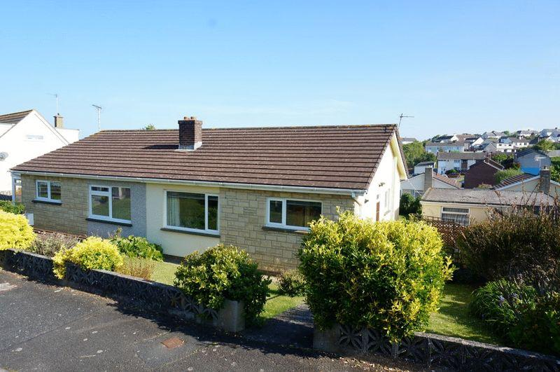 2 Bedrooms Semi Detached Bungalow for sale in Bede Haven Close, Bude