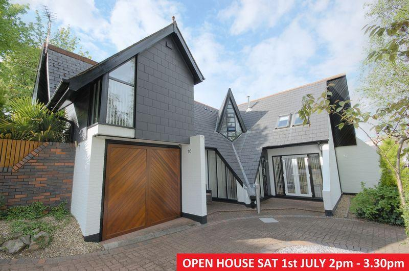 4 Bedrooms Detached House for sale in 10 The Drive, Miskin, Pontyclun, CF72 8PX
