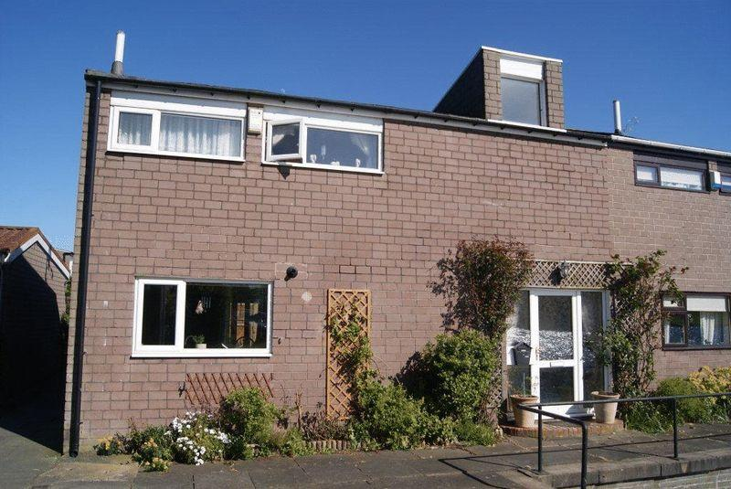 3 Bedrooms Semi Detached House for sale in Hallington Mews, Killingworth, Newcastle Upon Tyne