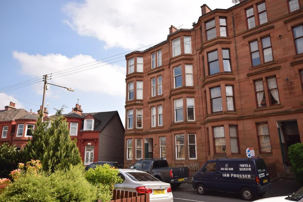2 Bedrooms Flat for sale in Kirkwell Road, Flat 0/1, Cathcart, Glasgow, G44 5UL
