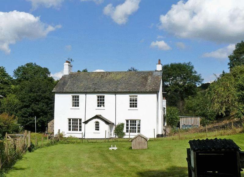 5 Bedrooms Detached House for sale in Clifford Bridge, Drewsteignton