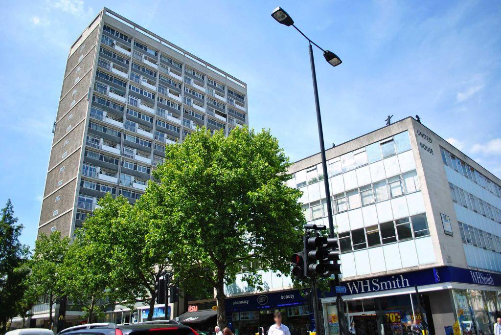 Campden Hill Towers Notting Hill Gate W11 2 Bed Flat To