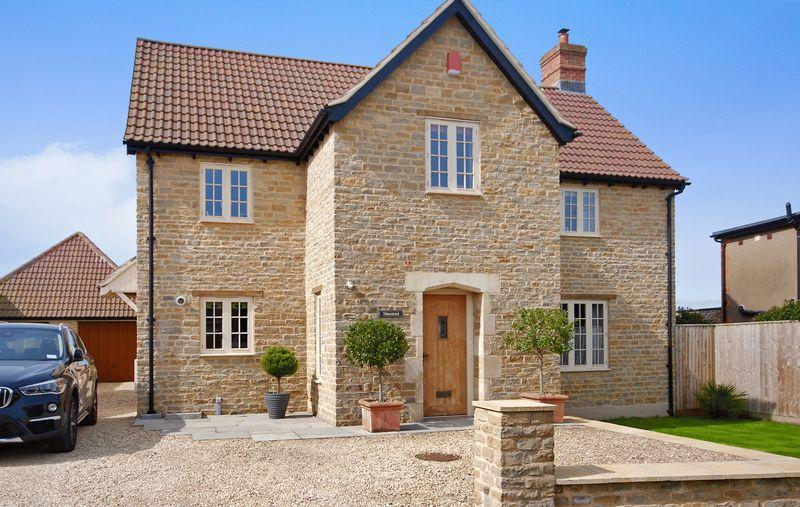 5 Bedrooms Detached House for sale in Easton Hill, Wells