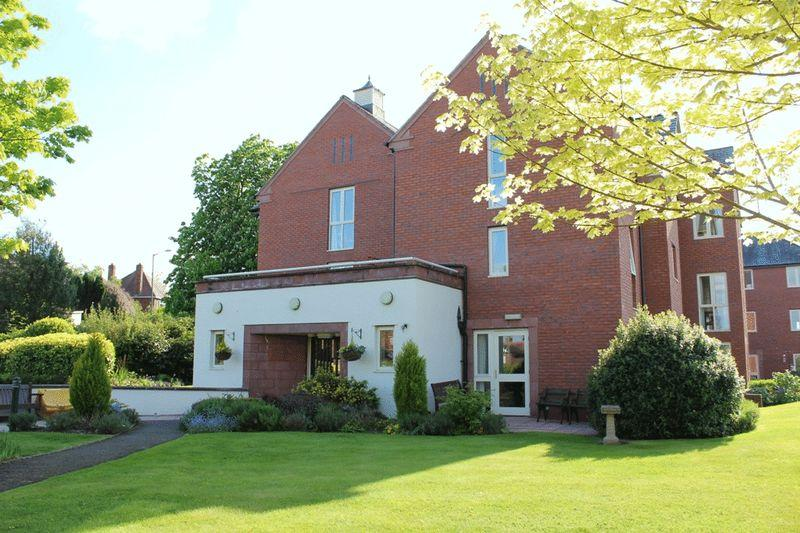 2 Bedrooms Apartment Flat for sale in Pengwern Court, Longden Road, Belle Vue, Shrewsbury, SY3 7JE