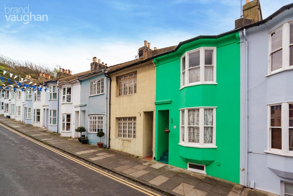 3 Bedrooms Terraced House for sale in Bute Street, Brighton, BN2