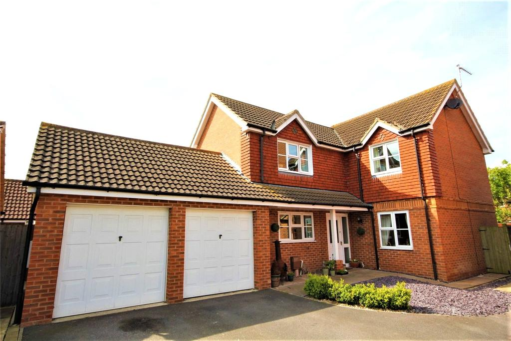 4 Bedrooms Detached House for sale in Orchard Close, Billinghay, LN4