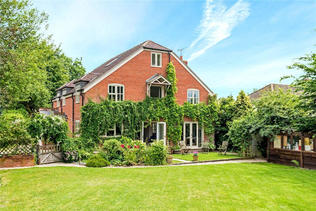 5 Bedrooms Unique Property for sale in Littleworth, Pewsey, Wiltshire, SN9