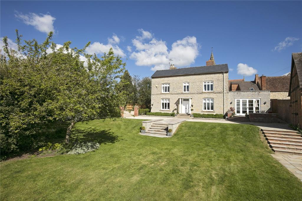 5 Bedrooms Detached House for sale in Church Bank, Temple Grafton, Alcester, Warwickshire, B49