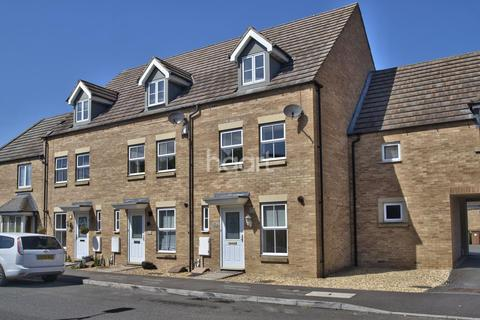 3 bedroom property for sale - Candy Street, Peterborough PE2
