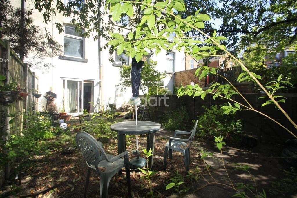 2 Bedrooms Maisonette Flat for sale in Abbey Street, Derby