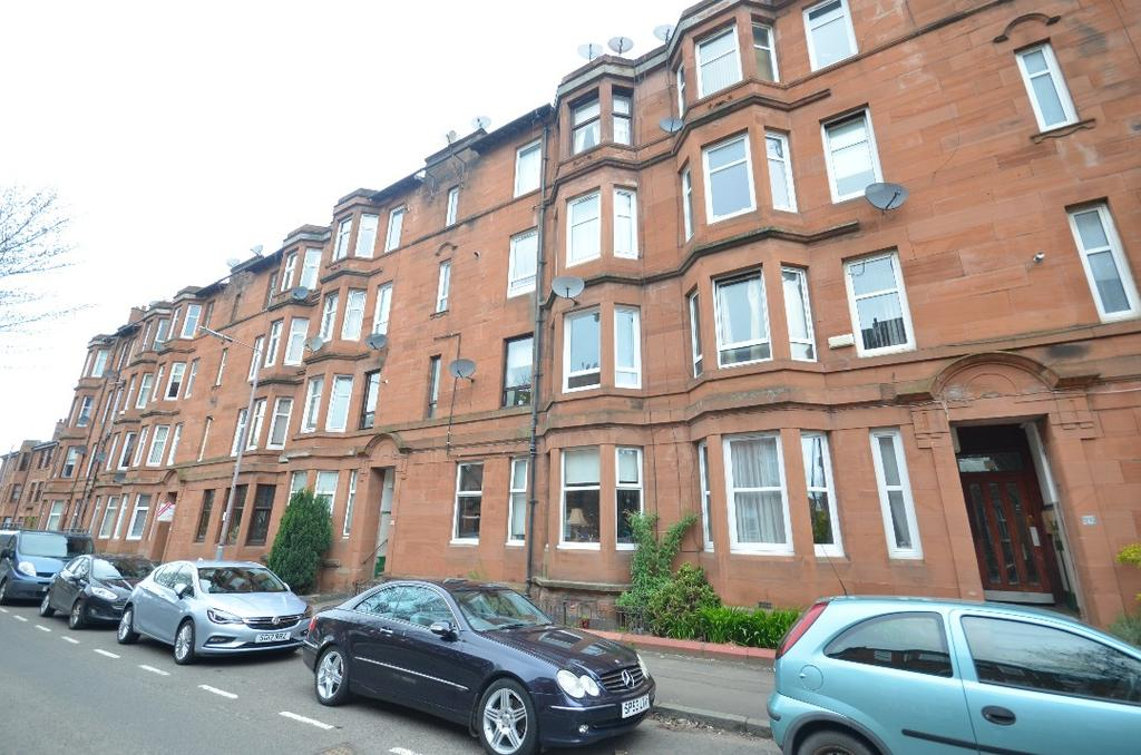 1 Bedroom Flat for sale in Rannoch Street, Flat 1/M, Cathcart, Glasgow, G44 4DG