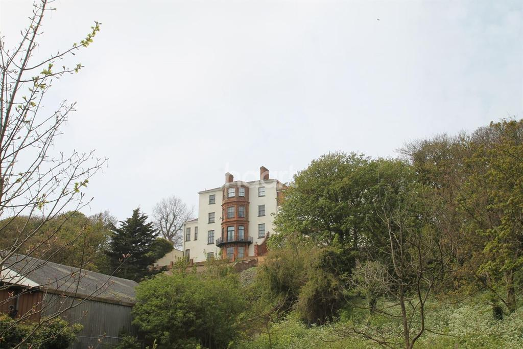 1 Bedroom Flat for sale in 5, Arnold House, 4 High Street