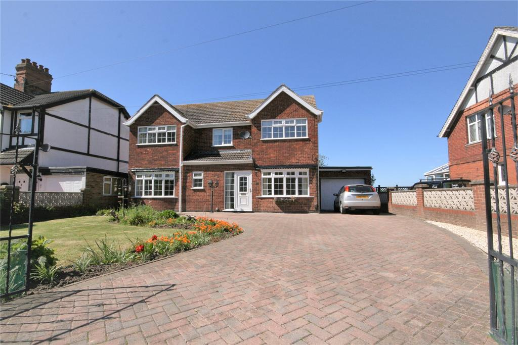 4 Bedrooms Detached House for sale in Woad Lane, Great Coates, DN37