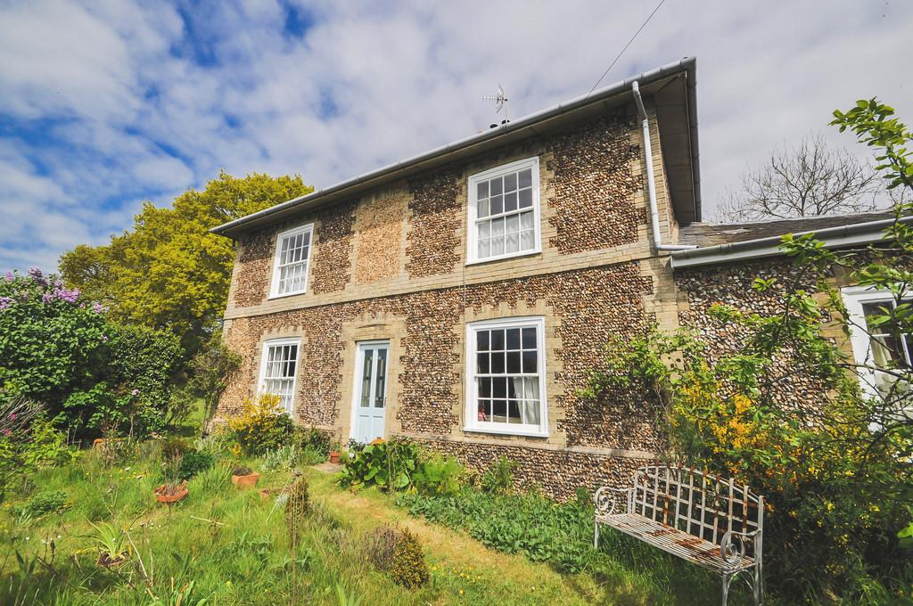3 Bedrooms Detached House for sale in Low Road, Bramfield