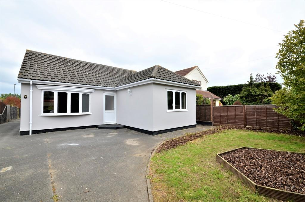 3 Bedrooms Detached Bungalow for sale in London Road, Marks Tey, West Colchester