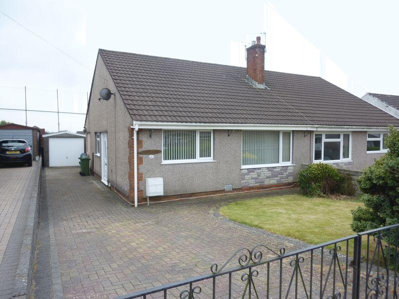 2 Bedrooms Bungalow for sale in Heol Y Coed, BEDDAU CF38 2HY